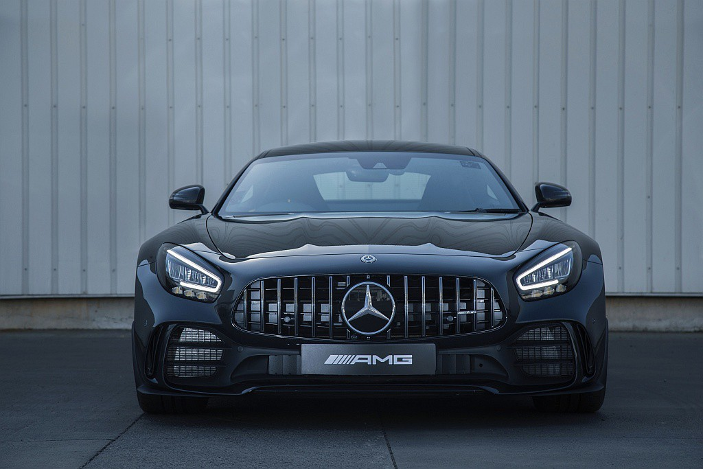 Mercedes Benz Amg C 63 Coupe And Amg Gt R Coupe Launched Motorscribes